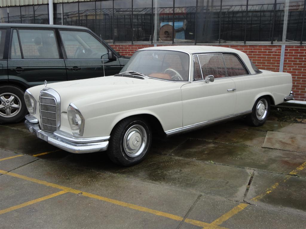 Mercedes-220SE Coupe Nice